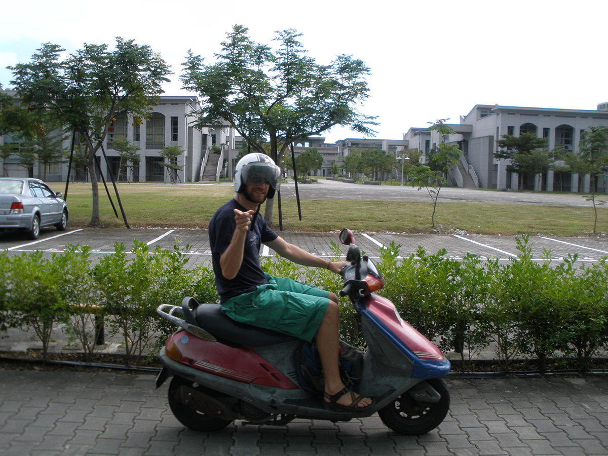 Scootering in Taiwan